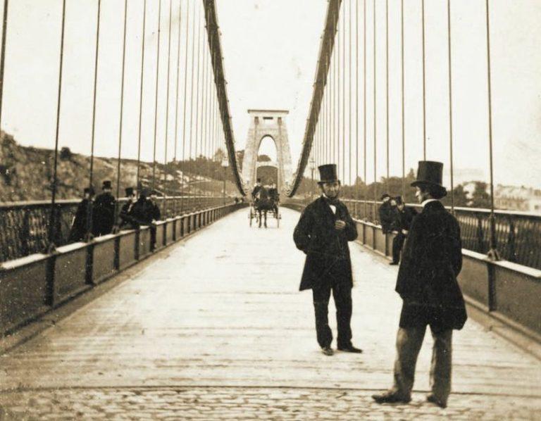 clifton-suspension-bridge-1800s-768x598